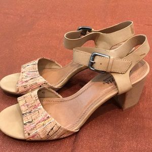 Patrizia by spring step heel with buckle